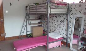 Metal bed frame