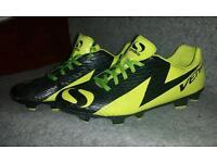 Sondico Venata size 6.5 football boots