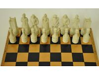 The Thistle and The Rose Chess Set