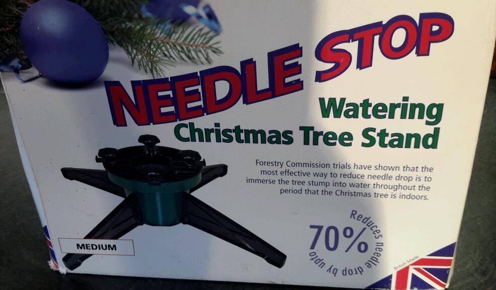 XMAS TREE STAND.....NEEDLESTOP!!!