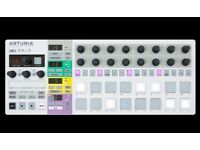Arturia Beatstep Pro (box, cables and manual included)