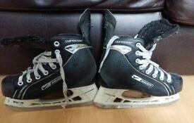 Bauer Ice hockey skates - UK 4.5