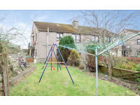 2 Bed upper flat with back garden and driveway.
