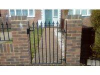 4 Piece Driveway & Front Garden Gates