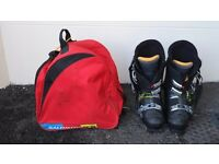 SALOMON WAVE 8.0 SKI Boots and bag