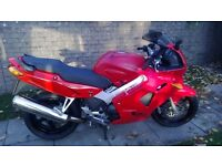 RED HONDA VFR 800 Fi 2001 with 19,000 Miles.