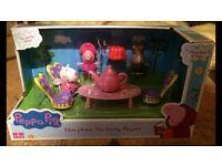 Peppa pig set - brand new