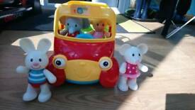 Elc musical moving bus + figures