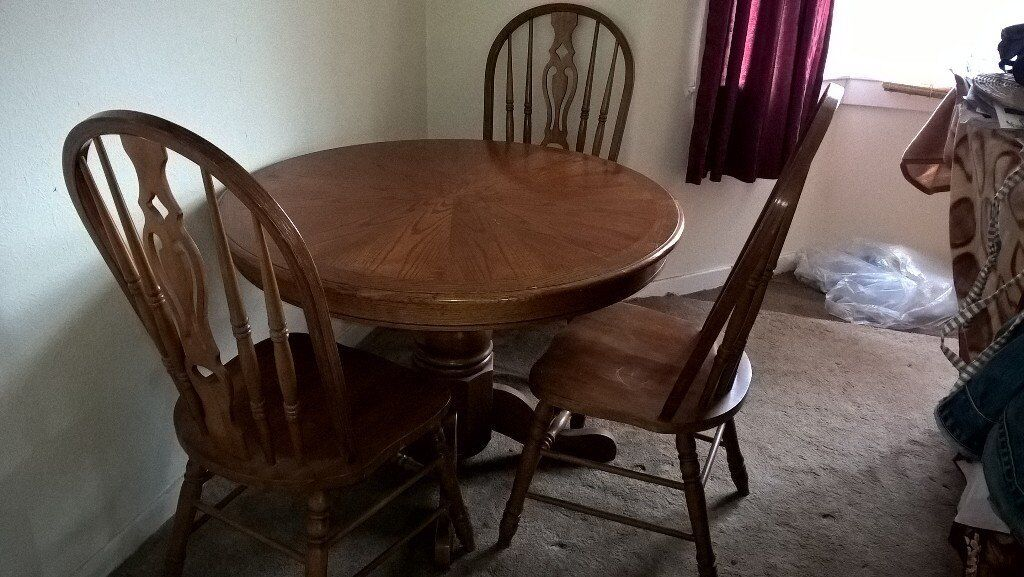 Table And Chairs In Very Good Condition Nice Top No Scratches Can Deliver Local