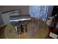 Kitchen accesseries in very good condition all in stainless still, £12.00 total or £2.50 each
