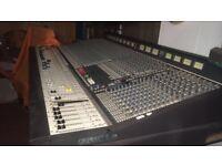 Soundcraft series 5. 2500 Mixing Desk - 32 Channel -Christchurch