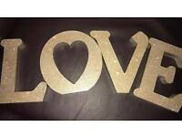 Free standing letters Love gold sparkle