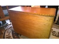 Lovely Solid OAK Drop Leaf Table Dining Table