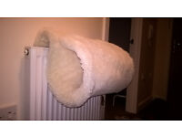 Cat radiator bed !!!