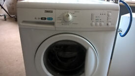 Washing machine Zanussi 3 years old 8kg wash 1200 spin Great condition