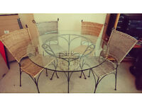 Glass garden table & chairs | good condition