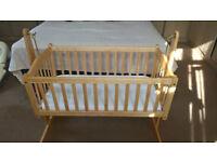 Saplings 'Bethany' swinging crib, very nice condition, with mattress