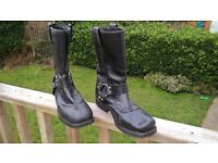 Motorcycle boots, black leather, used, harley style with rings, straps, etc. Size 42/UK8