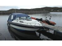 Rinker V190 (19ft) Motorboat with trailer and accessories