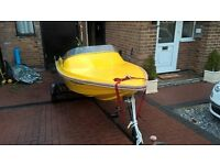fibre glass speed boat