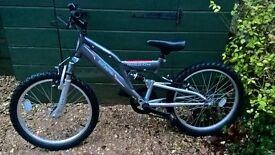 Raleigh mountain bike 7-9 years