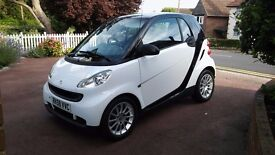 Smart Fortwo Passion (58) Own owner , FSH,Low mileage , White with black cell , dark grey interior .