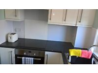 1 BEDROOM FLAT TO LET (FURNISHED/UNFURNISHED) QUIET AREA OF PAISLEY
