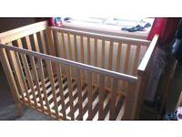 Mamas & Papas wooden cot no matress