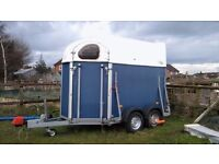 Extra height horse trailer