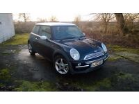 2002 MINI Cooper Chili pack Black/white electric roof