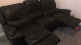3 seater land of leather recliner sofa