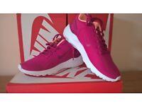 Nike LD Runner LW SE 902864-600