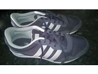 Addidas size 10 trainers excellent condition