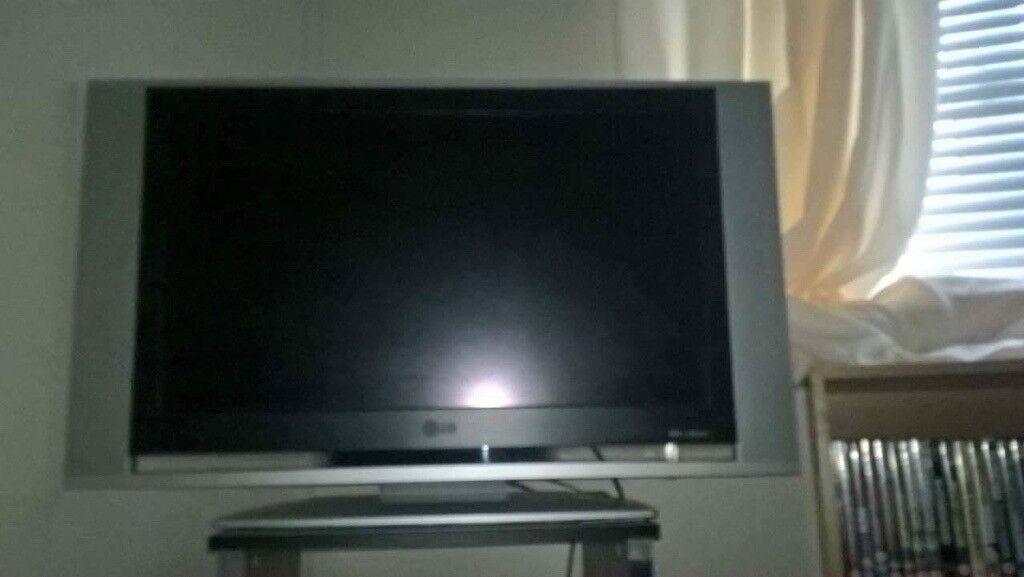 LG TV Good Working Order 40 OVNO