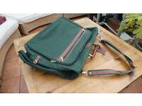 Folding Suit/Dress Hang-up Bag (43cm x 54cm x 12 cm)