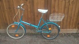 folding shopper bicycle with lock and basket