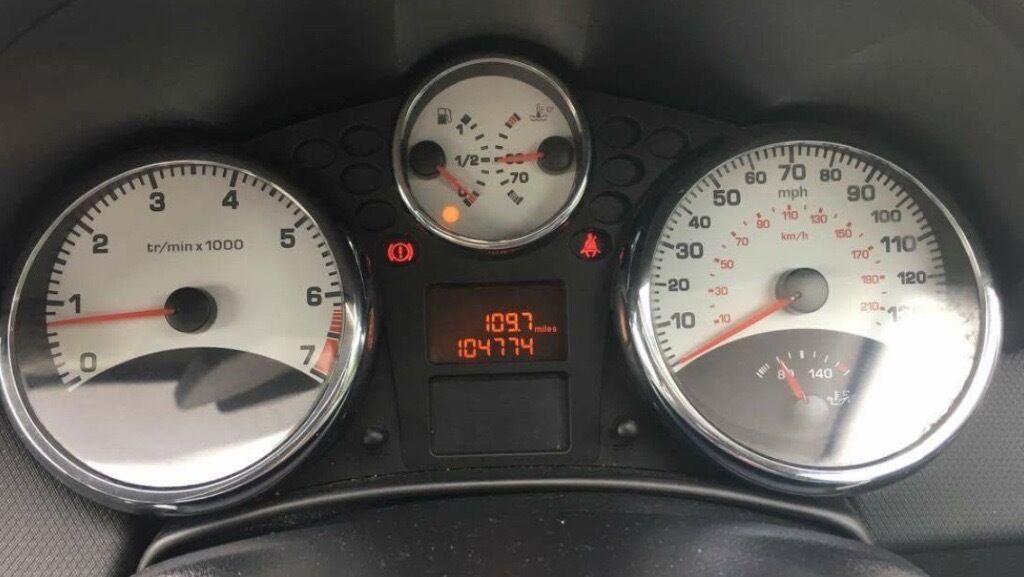 2009 peugeot 207 mot september drives like new   in leeds, west