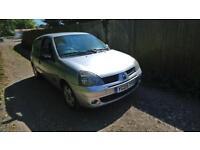 Renault Clio 1.2 Silver Breaking Spares repair 3 Door Clio 2 Facelift