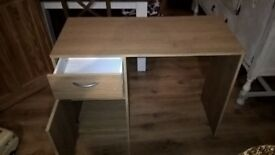 Desk with 1 draw and cupboard
