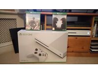 Xbox one s + 2 games