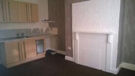 2 Bed House to let near Town