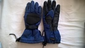 Motorbike Gloves. reusch motorcycle gloves. large.