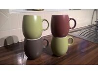 Set of 4 Casa Stoneware mugs