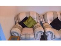 3 PIECE SUITE FOR SALE - EXCELLENT CONDITION - £200 - COLLECTION ONLY