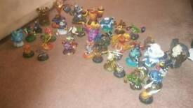 Xbox 360 Skylanders figures bundle