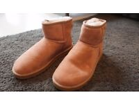 Ugg Classic Mini Boots - Size 7 [ Used / Once ] Original Box