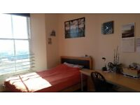 Bright and spacious room in Dundee city centre