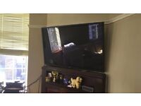 For Sale: LG 50PN650T 50-inch Widescreen 1080p Full HD Plasma TV with Freeview HD/600Hz