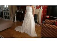 Beautiful Beaded Corset Wedding Dress Size 10/12