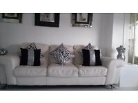 **DFS ITALIAN 2 X 3 SEATER LEATHER SOFAS COUCH VANILLA OF WHITE**